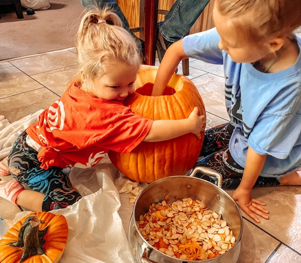cleaning out pumpkin seeds